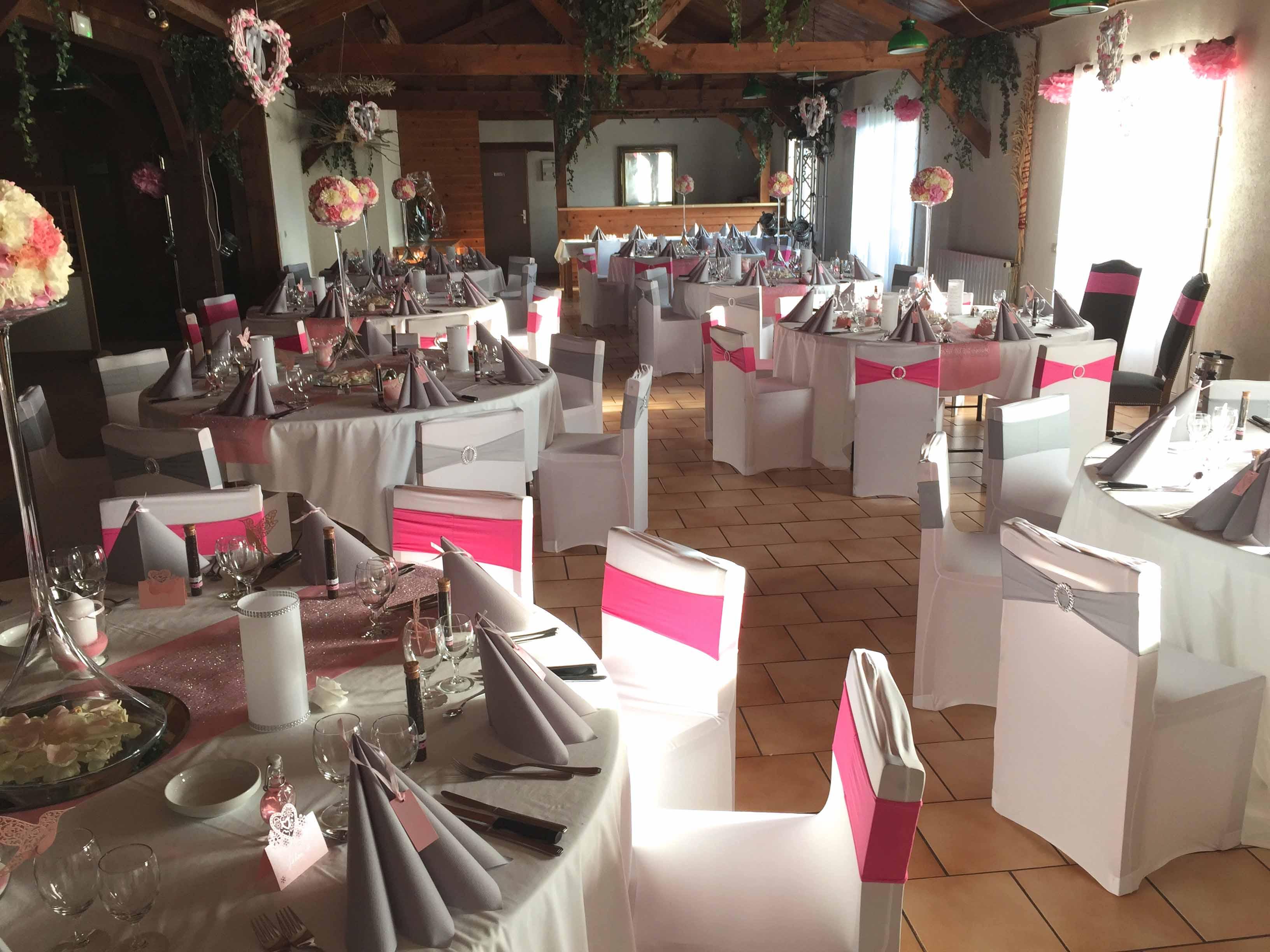 Domaine de Fillières Avril Salle mariage